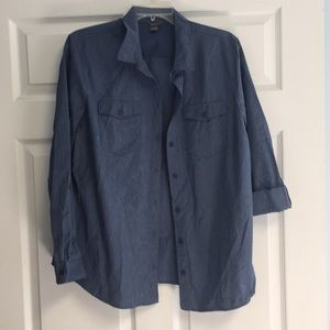 Eddie Bauer lightweight button up shirt LIKE NEW!